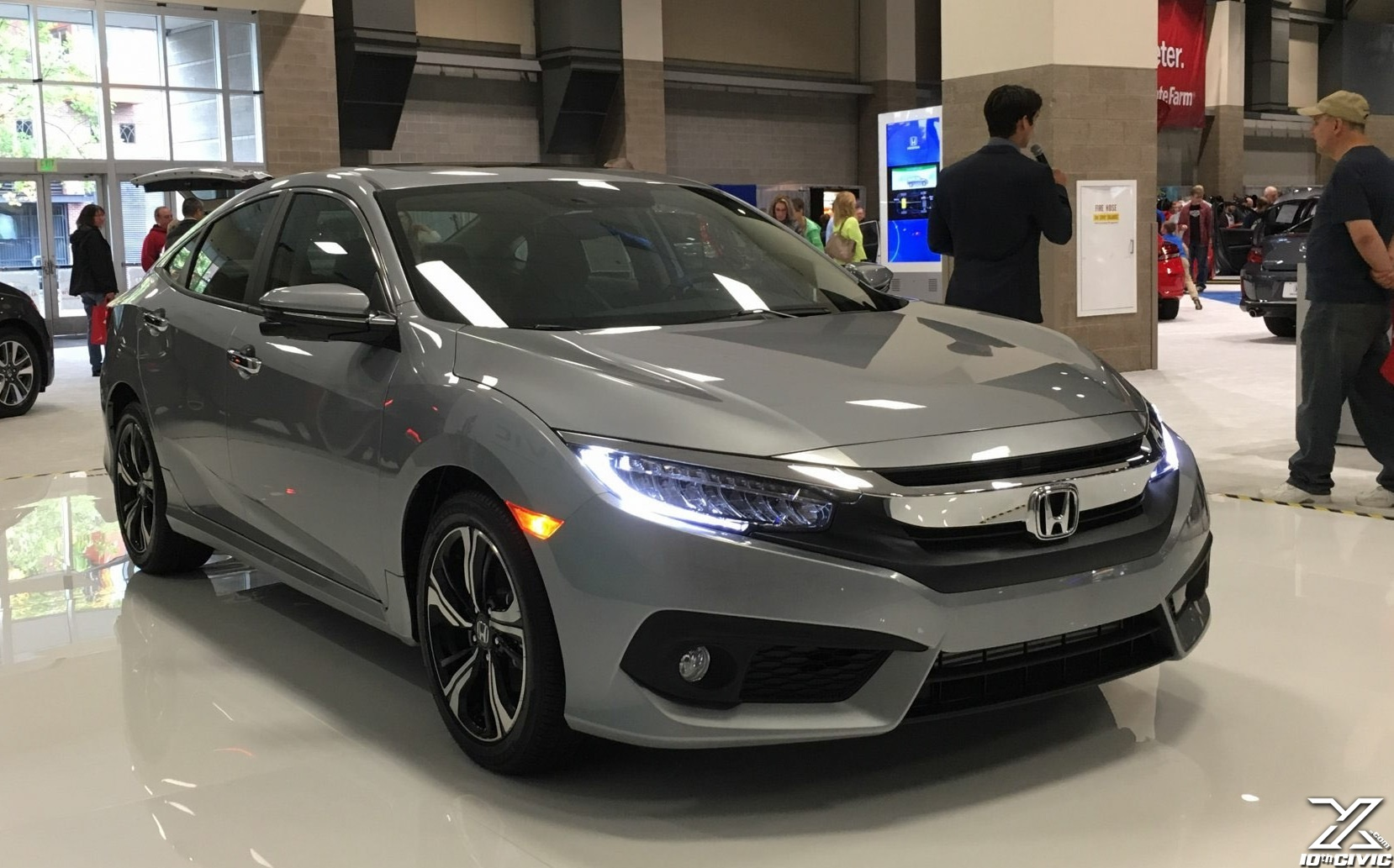 10thcivic 2016 civic at seattle auto show aac for Honda of seattle service